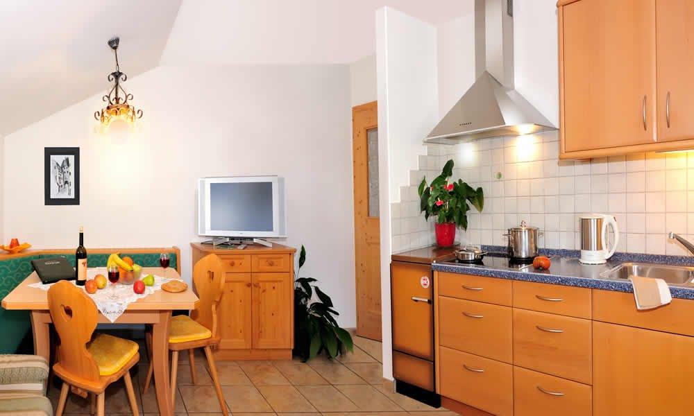 Haus Gertrud Essbereich mit Küche