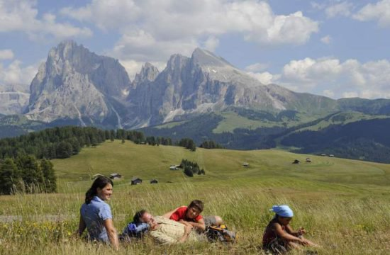 Escursionismo sull'Alpe di Siusi 2